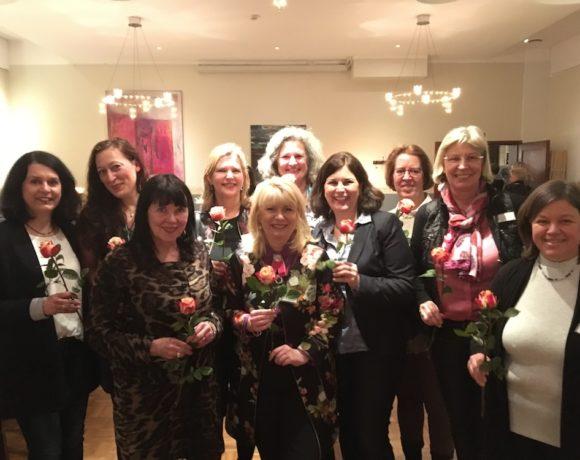 Neue Clubfrauen begrüßt