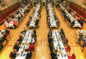 Rund 200 Unternehmerinnen und weibliche Führungskräfte feierten im Historischen Rathausfestsaal das 15. WIB-Dinner